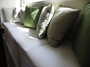 window seat cushions and pillows