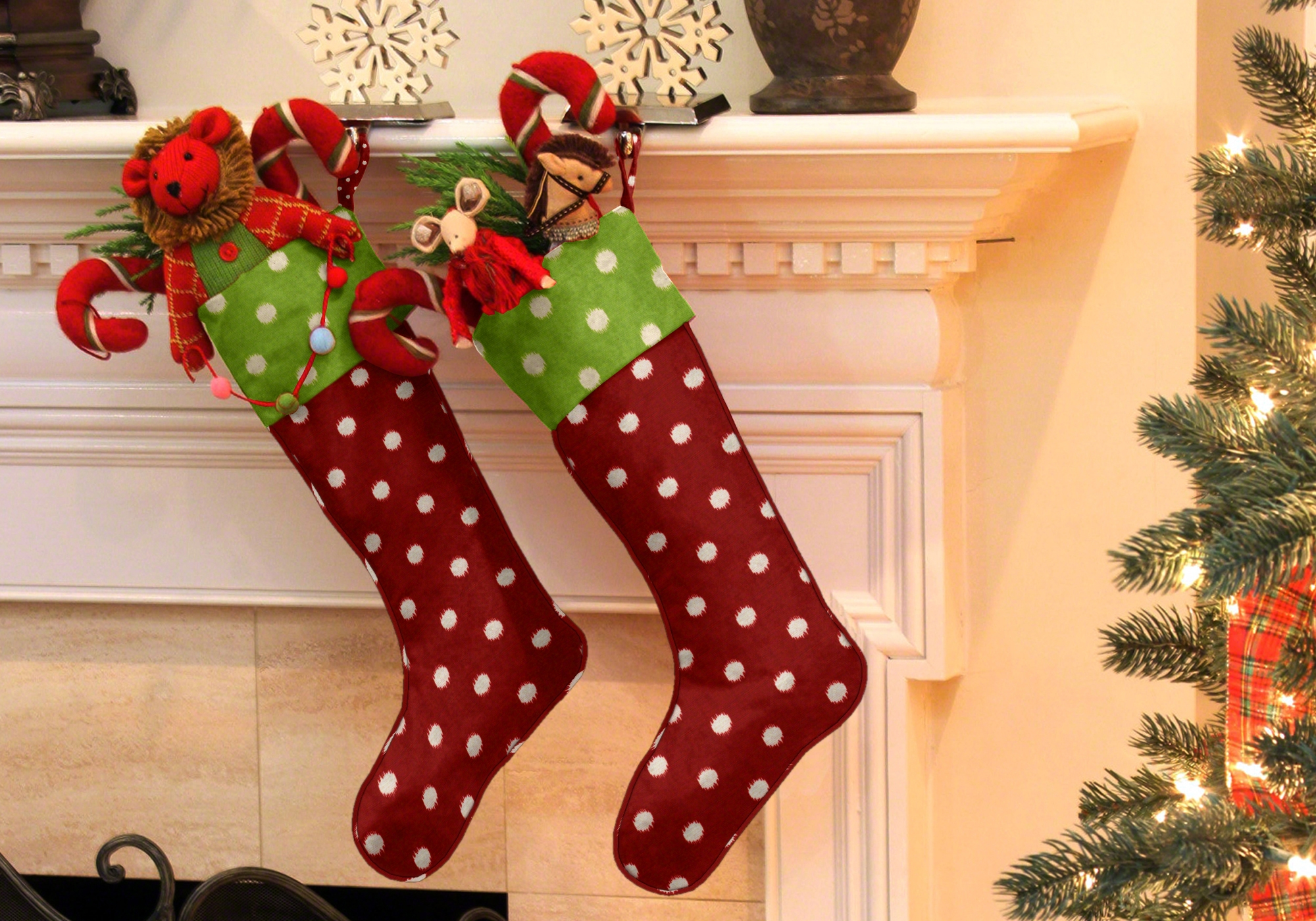 Whimsical Christmas: Christmas decorating with Cushion Source