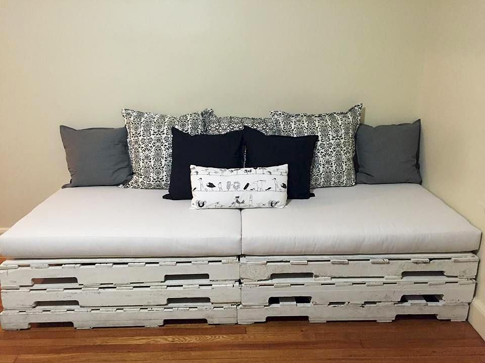 Indoor Pallet Sofa