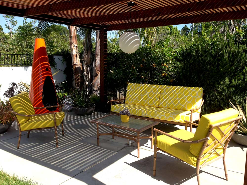 Mid-Century Modern Style: What It is and How to Get It ... on Mid Century Modern Patio Ideas id=63340