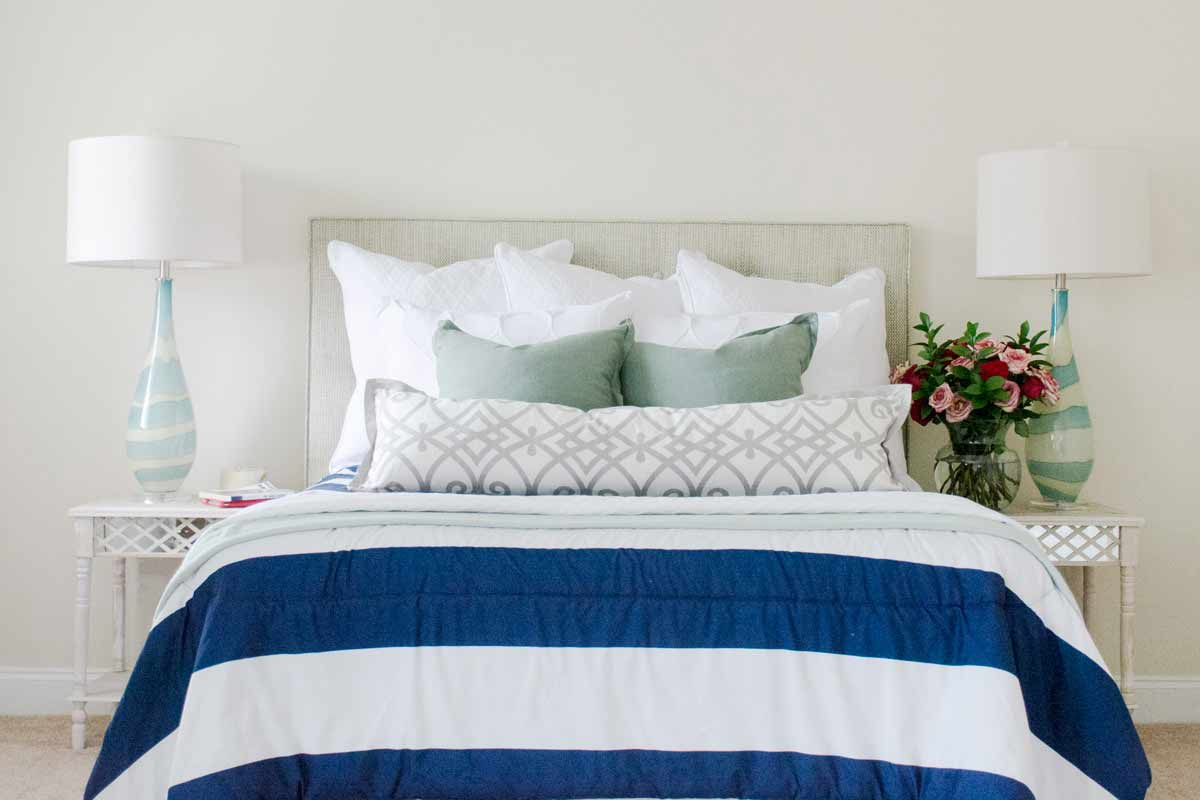 Neutral Navy Decor